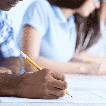 Préparation aux examens de FLE : DALF